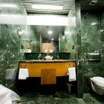 Hotel LAKUA: