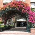 Hotel VELILLA: