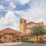 Hotel LA QUINTA ARLINGTON SOUTH: