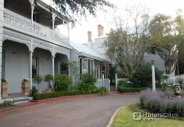 Hotel Comfort Inn Riversleigh Bairnsdale Australia Book