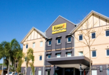 Hotel formule 1 windsor brisbane australia book special for Booking formule 1 hotel