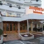 Hotel AMPURIA INN: