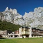 Hotel PARADOR DE FUENTE DE: