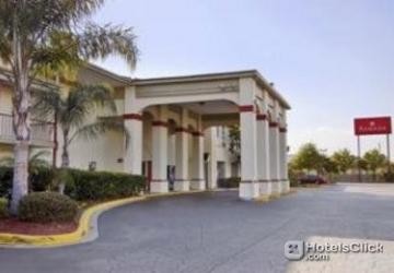 Hotels Near  Everbank Field Drive Jacksonville Fl