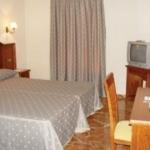 Hotel CUATRO CAMINOS: