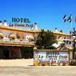 Hotel LA CUEVA PARK: