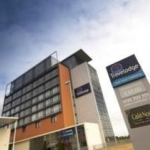 Hôtel TRAVELODGE LIMERICK CASTLETROY: