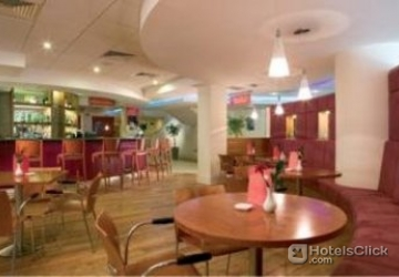 Ibis Hotel Heathrow Booking Com