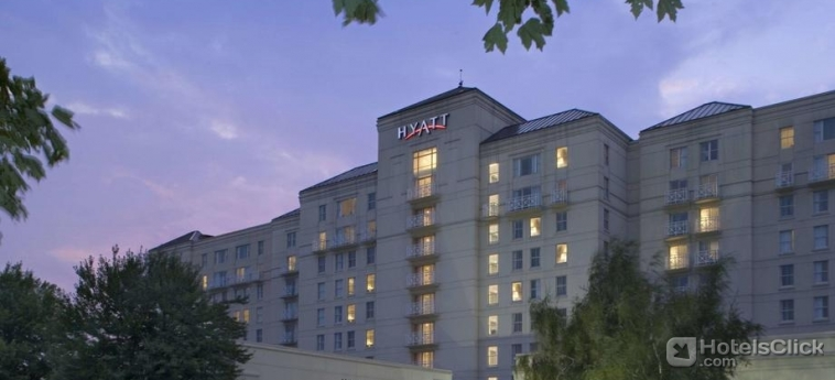 Hotel wyndham wind watch hamlet long island ny united for Hotels on motor parkway long island