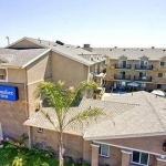 Hotel COMFORT INN COCKATOO NEAR LAX AIRPORT: 