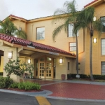 Hotel LA QUINTA INN MIAMI AIRPORT NORTH: