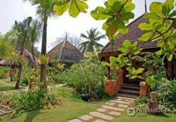 Aureum Palace Hotel Resort Ngwe Saung Myanmar