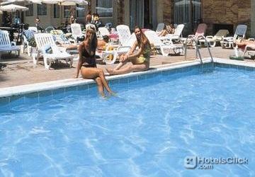 Hotel playa margarita salou costa dorada espa a for Piscina amposta