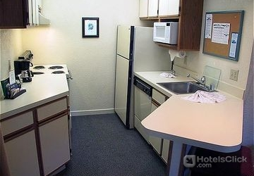 Hotel Staybridge Suites San Francisco Airport San Francisco Ca United States Book Special
