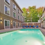 Hotel HOLIDAY INN EXPRESS HOTEL & SUITES SANTA CRUZ EAST: