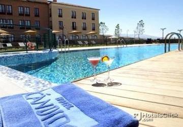 Fotograf as hotel candido segovia espa a fotos for Hotel piscina segovia