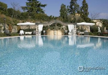 byblos-art-hotel-villa-amista-outdoor-swimmingpool.9.jpg