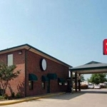 Hotel ECONO LODGE INN & SUITES: