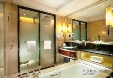 Room photo 11 from hotel Hilton Xian